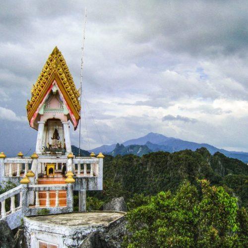 krabi tiger cave temple top view