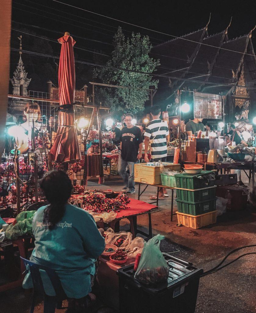 chiang mai thursday night market