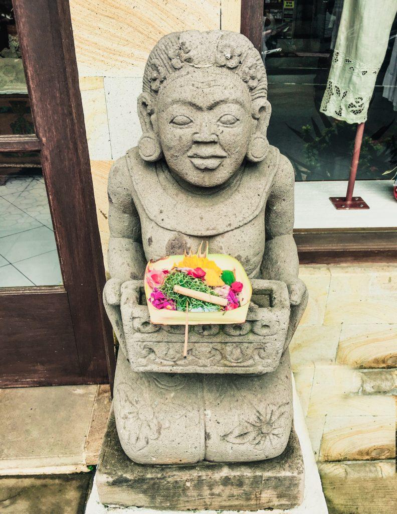 canang sari daily offering bali