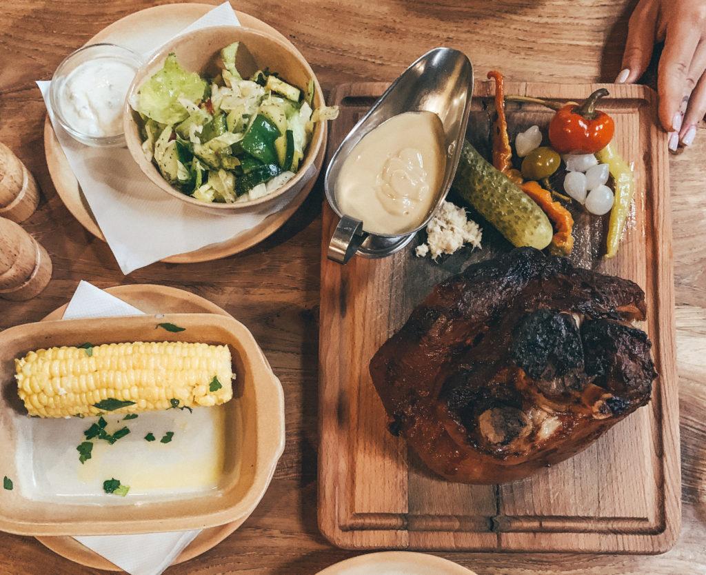 pork knuckle Kcrma prague food czech food
